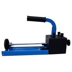 Maquina-Dosadora-para-Massa-Poliester-Lazzuril
